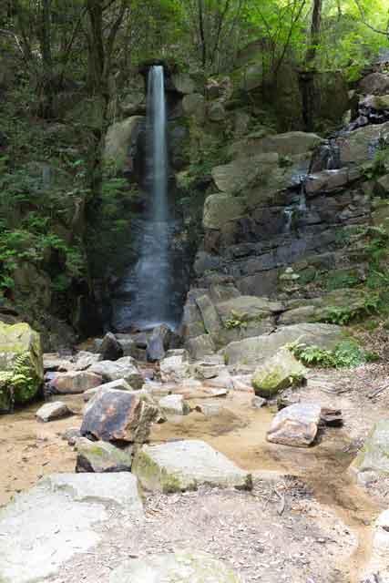 岩屋堂の滝。暁明ヶ滝99